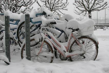 Bevor es so aussieht, sollte man sein Fahrrad lieber rechtzeitig zur Überwinterung fit machen.